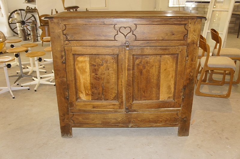 French Blutoir Cabinet