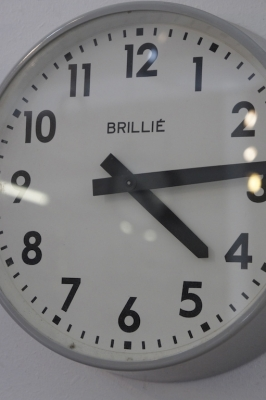 brillie-france-industrial-factory-clock-nz-so-vintage--1