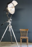 so-vintage-industrial-french-railway-floor-lamp-gitzo-tripod-11