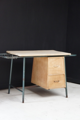 vintage-industrial-desk-metal-wood-nz-1